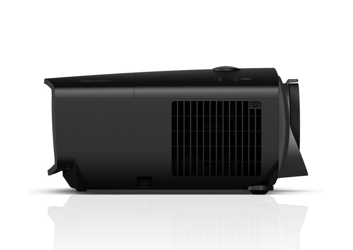 W-5700 (4K)